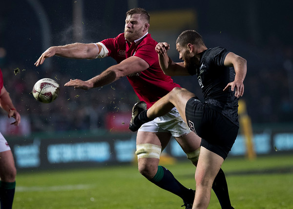 Tawera Kerr-Barlow during game 5 of the British and Irish Lions 2017 Tour of New Zealand,The match between  The Maori All Blacks and British and Irish Lions, Rotorua International Stadium, Rotorua, Saturday 17th June 2017 (Photo by Kevin Booth Steve Haag Sports)  Images for social media must have consent from Steve Haag
