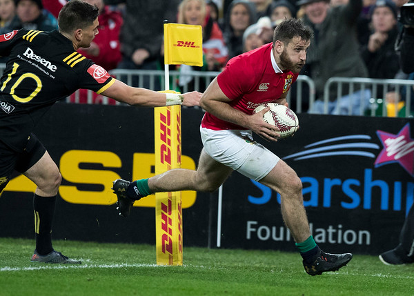 Tommy Seymour scores during game 8 of the British and Irish Lions 2017 Tour of New Zealand,The match between  Hurricanes and British and Irish Lions, Westpac Stadium, Wellington, Tuesday 27th June 2017 (Photo by Kevin Booth Steve Haag Sports)  Images for social media must have consent from Steve Haag