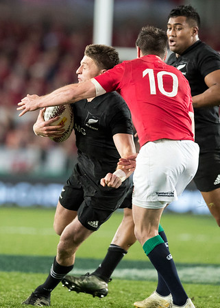 Johnny Sexton high tackles Beauden Barrett   during game 10 of the British and Irish Lions 2017 Tour of New Zealand, the third Test match between  The All Blacks and British and Irish Lions, Eden Park, Auckland, Saturday 8th July 2017 (Photo by Kevin Booth Steve Haag Sports)  Images for social media must have consent from Steve Haag