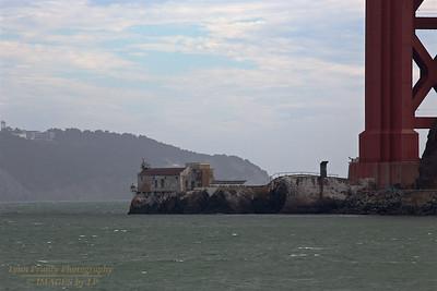 GGB/SF/CP-160620-0004 Lime Point Below the Golden Gate Bridge