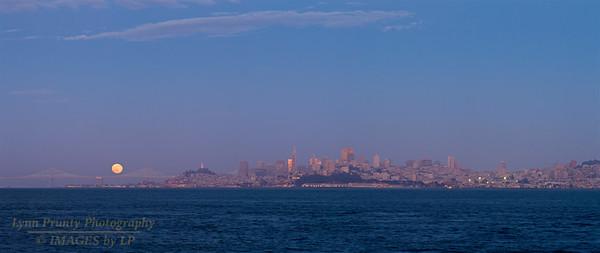 GGB/SF/CP-160620-0012 Bay Bridge and San Fransisco Pano