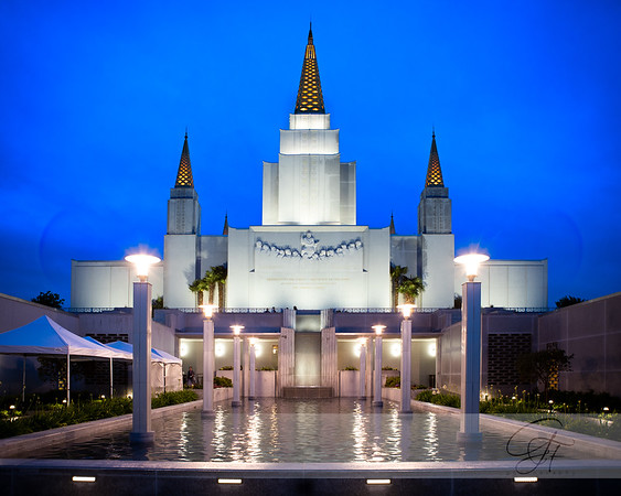 Oakland LDS Temple at night