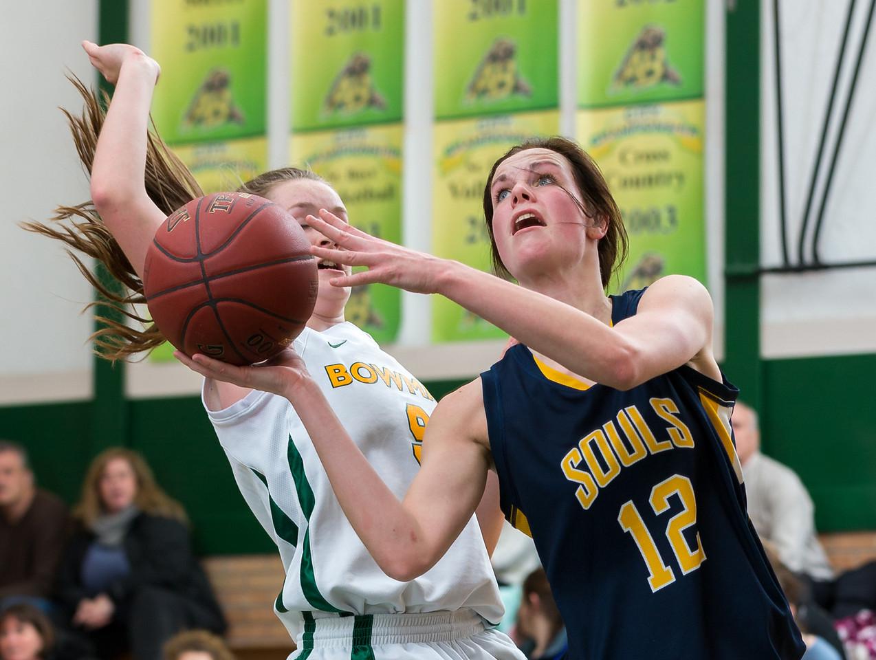 IMAGE: http://www.justsportsphotography.ca/Photos/Saskatoon-High-School-Basketball/2014-15/Girls/Souls-v-Bears/i-6tcHwxH/0/X2/Souls%20v%20Bears%200073-X2.jpg