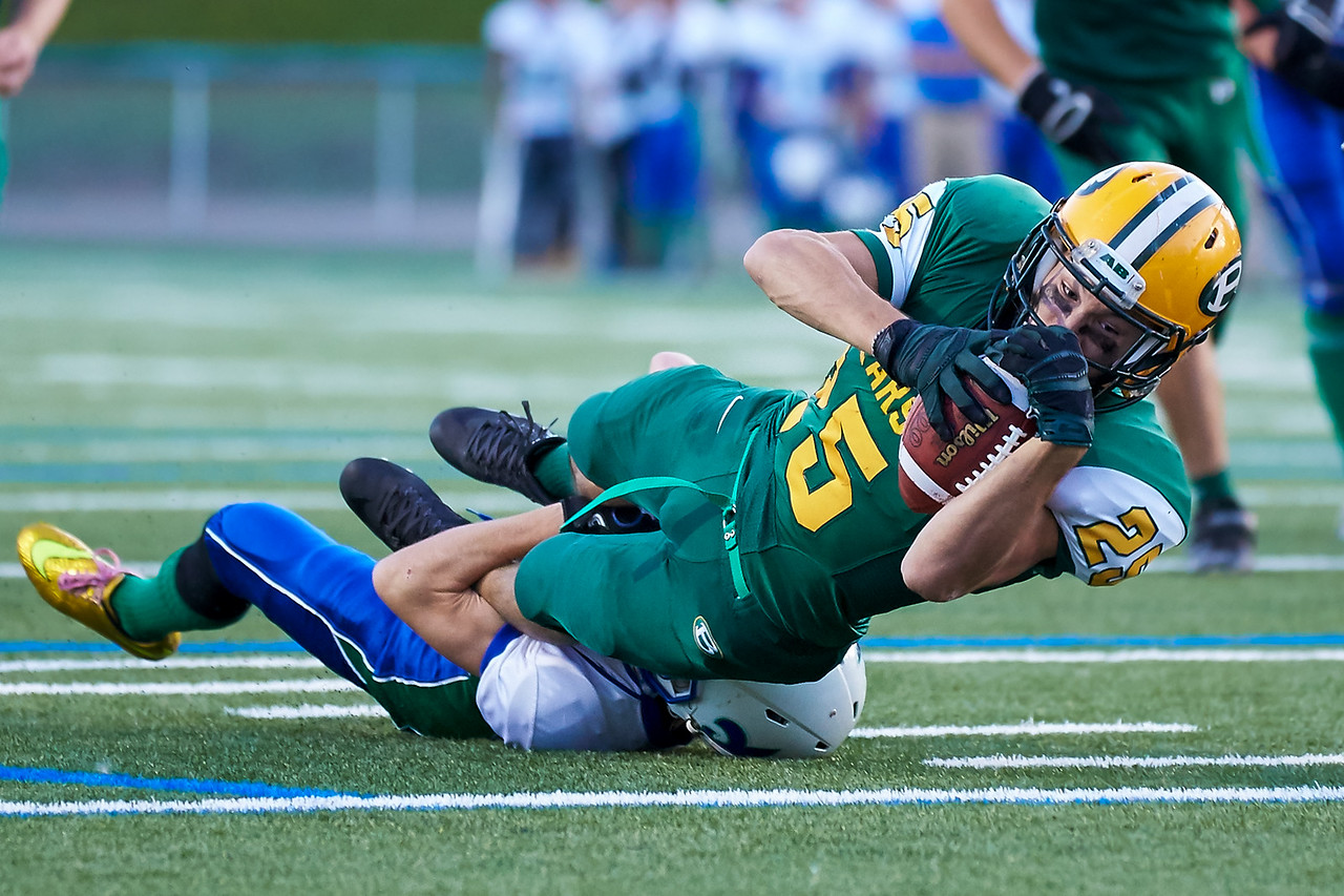 IMAGE: http://www.justsportsphotography.ca/Photos/Saskatoon-High-School-Football/2015/Saints-v-Bears/i-FThfxnK/0/X2/saints%20v%20bears%20572-X2.jpg