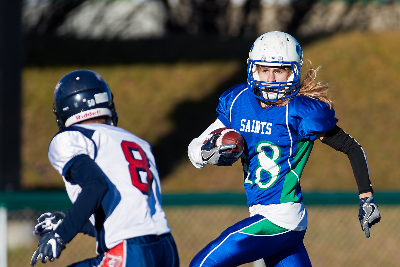 IMAGE: https://photos.smugmug.com/Photos/Saskatoon-High-School-Football/2016/3A-Semi-Final-Regina-Miller-v-Sa/i-C7TqDDt/0/X2/miller%20v%20bjm%201034-X2.jpg