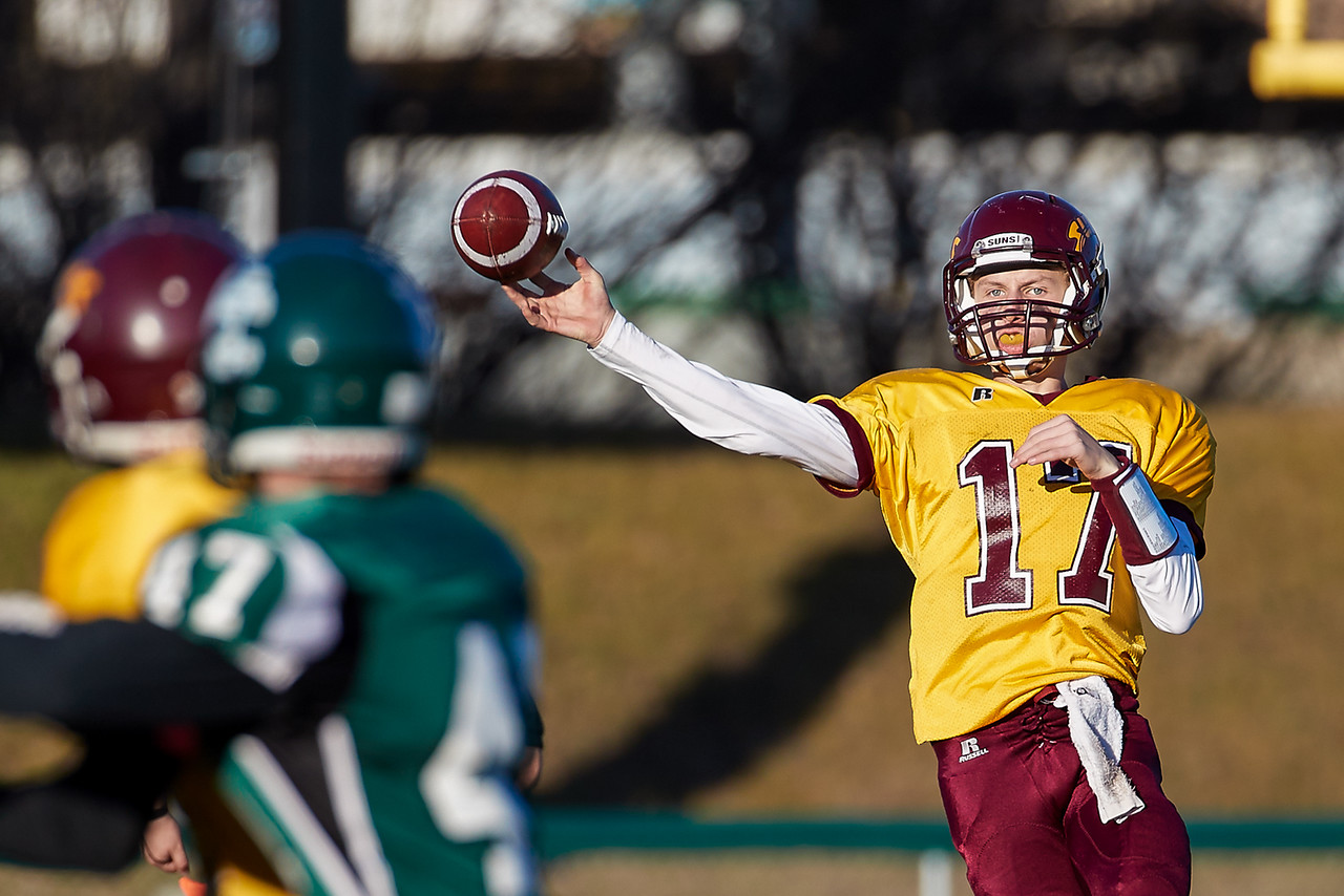 IMAGE: https://photos.smugmug.com/Photos/Saskatoon-High-School-Football/2016/4A-Final-Regina-Leboldus-v-Saska/i-W3sBNkp/0/X2/leboldus%20v%20cross%200938-X2.jpg
