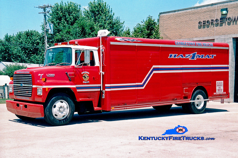 <center> RETIRED <br> Georgetown  Hazmat 1  <br> 1994 Ford L7000/Hackney   <br> Greg Stapleton photo </center>