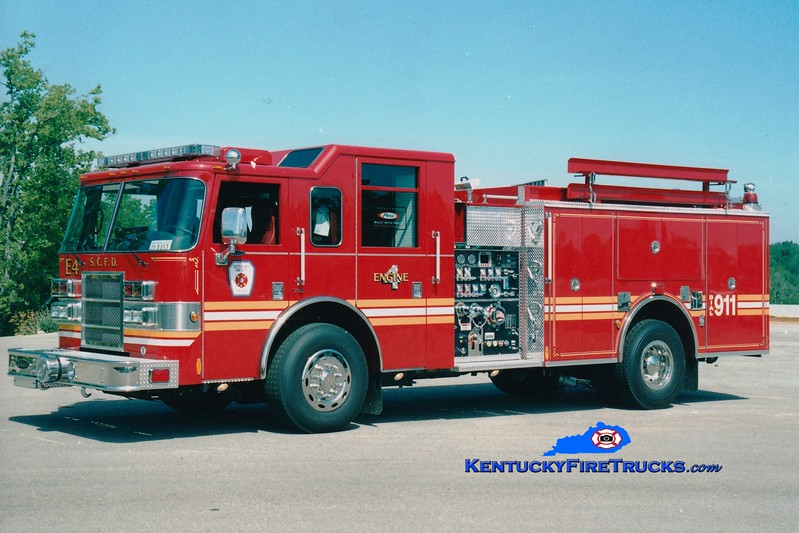 <center> Scott County  Reserve Engine 7  <br> x-Engine 4 <br> 2005 Pierce Dash 1500/1000 <br> Greg Stapleton photo </center>