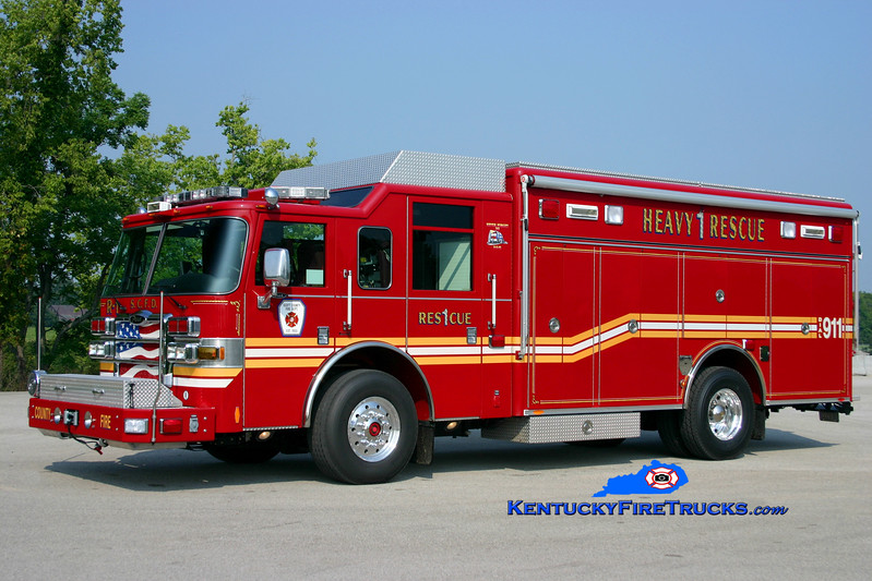 <center> Scott County  Rescue 1 <br> 2006 Pierce Dash 1500/1000 <br> Kent Parrish photo </center>