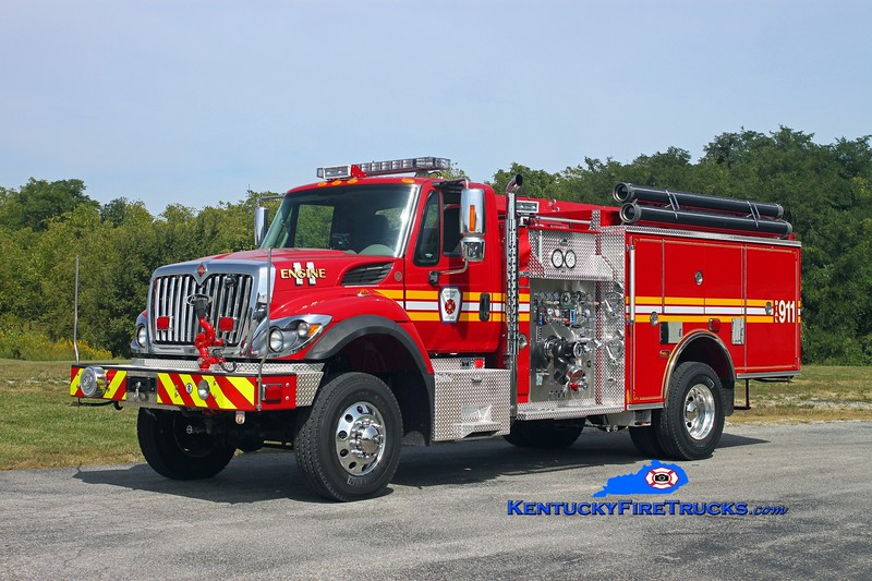 <center> Scott County  Engine 11  <br> 2013 International 7400 4x4/Pierce 1000/500 <br> Kent Parrish photo </center>