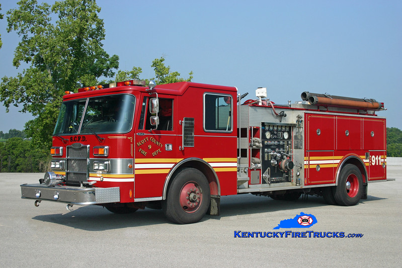 <center> RETIRED <br> Scott County  Engine 9  <br> 1991 Pierce Dash 1500/1000 <br> Kent Parrish photo </center>