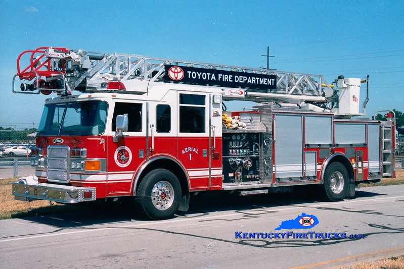 <center> Toyota  Aerial 1  <br> 2004 Pierce Enforcer 1500/500/75'   <br> Kent Parrish photo </center>