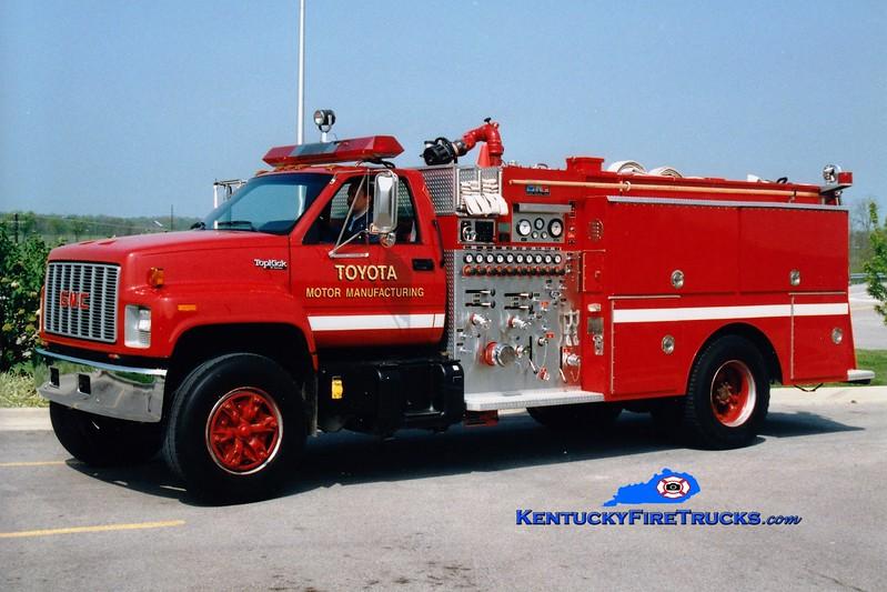 <center> RETIRED <BR> Toyota  Engine 1  <br> 1990 GMC Topkick/CNF 1250/500/500   <br> Greg Stapleton photo </center>