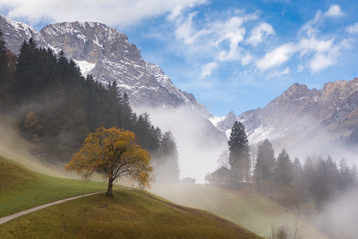 Patches of fog / Engelberg, Switzerland