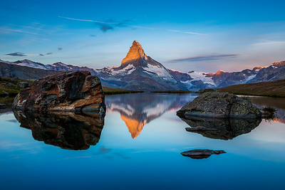 Matterhorn sunrise / Stellisee, Switzerland