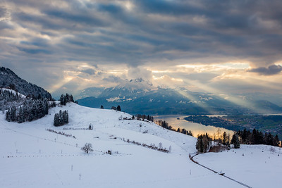Sun rays / Seebodenalp, Switzerland