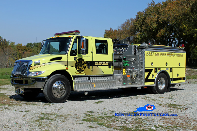<center> RETIRED <br> East 60  Engine 6632  <br> 2002 International 4400/KME 1250/1000/30 <br> Kent Parrish photo </center>
