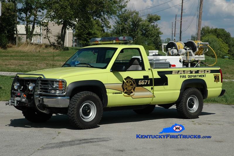 <center> East 60  Brush 6671  <br> 1997 Chevy/Western 250/250 <br> Greg Stapleton photo </center>