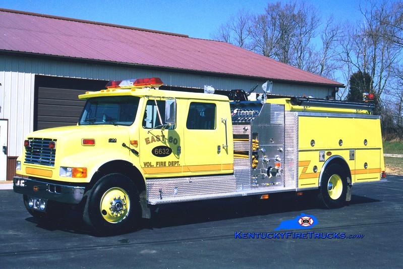 <center> WRECKED <br> East 60  Engine 6632  <br> 1998 International 4900/KME 1250/1000 <br> Greg Stapleton photo </center>