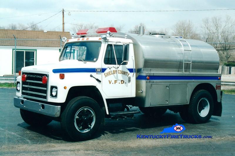<center> RETIRED <br> Shelby County  Tanker 3367  <br> 1979 International S/Bluegrass 0/2000 <br> Greg Stapleton photo </center>