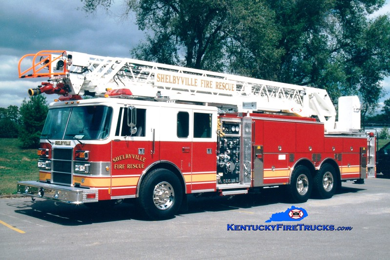 <center> Shelbyville  Quint 11  <br> 1997 Pierce Lance 2000/500/105'  <br> Greg Stapleton photo </center>