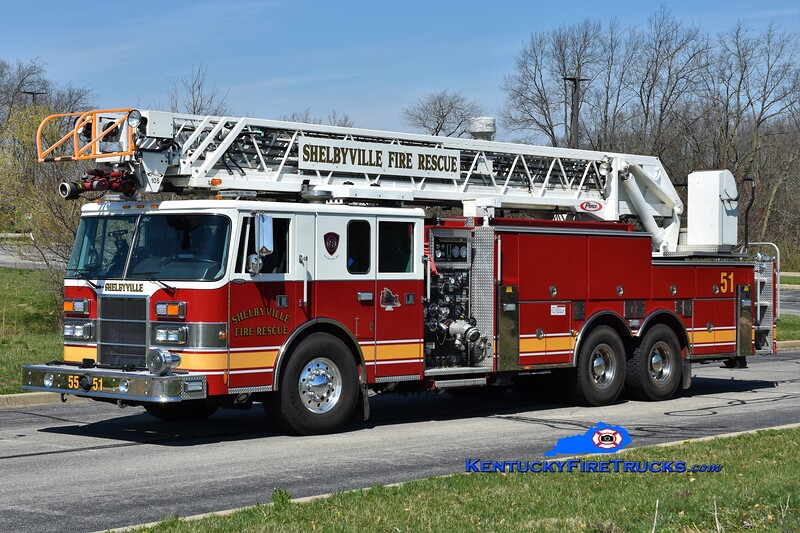 Shelbyville Quint 51<br /> x-Quint 11 <br /> 1997 Pierce Lance 2000/500/105'<br /> Greg Stapleton photo