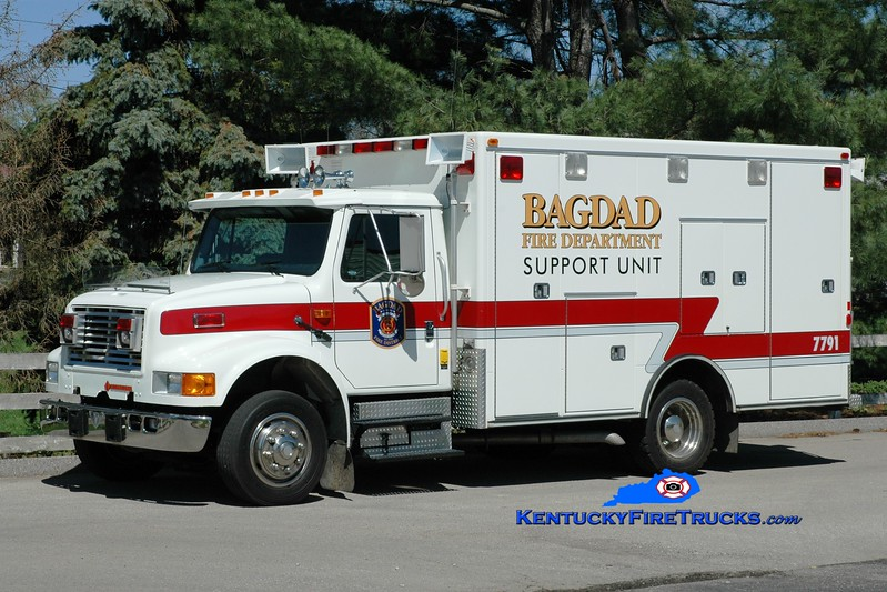 <center> RETIRED <br> Bagdad  Support 7791 <br> x-Burgin, KY <br> 1992 International 4700LP/Road Rescue <br> Greg Stapleton photo </center>