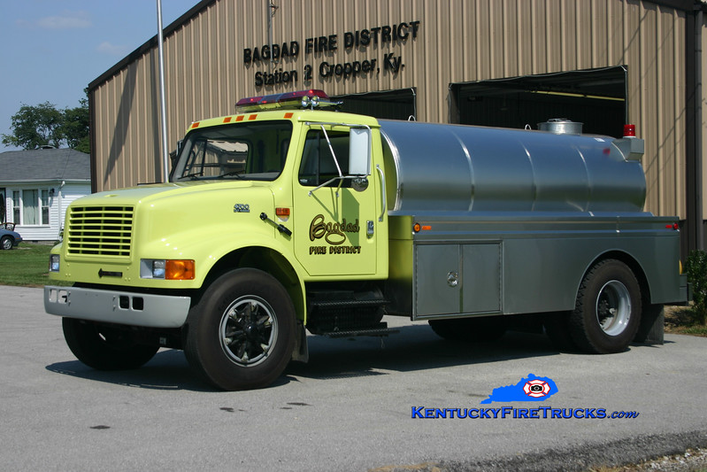 <center> Bagdad  Tanker 7762  <br> 2000 International 4700/Star Stainless 0/2000 <br> Kent Parrish photo </center>