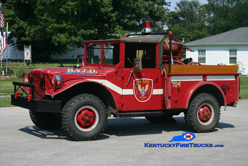 <center> RETIRED <br> Bagdad  Brush 7764  <br> x-Middletown, KY <br> 1952 Dodge M37 4x4 100/200 <br> Kent Parrish photo </center>