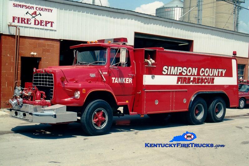<center> *RETIRED <br> Simpson  County Tanker 209  <br> 1978 Ford L/Saulsbury 750/2600 <br> Greg Stapleton photo </center>