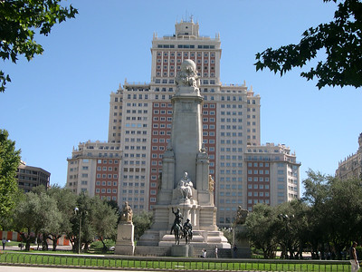 Plaza de España and the Miguel de Cervantes monument (El Torre de Madrid in the background)