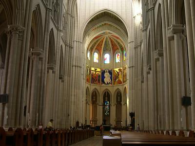Inside La Catedral de la Almudena