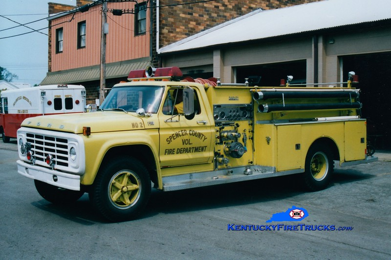 <center> RETIRED <br> Spencer County Engine 5722  <br> 1976 Ford F-700/Darley 750/750  <br> Greg Stapleton photo </center>