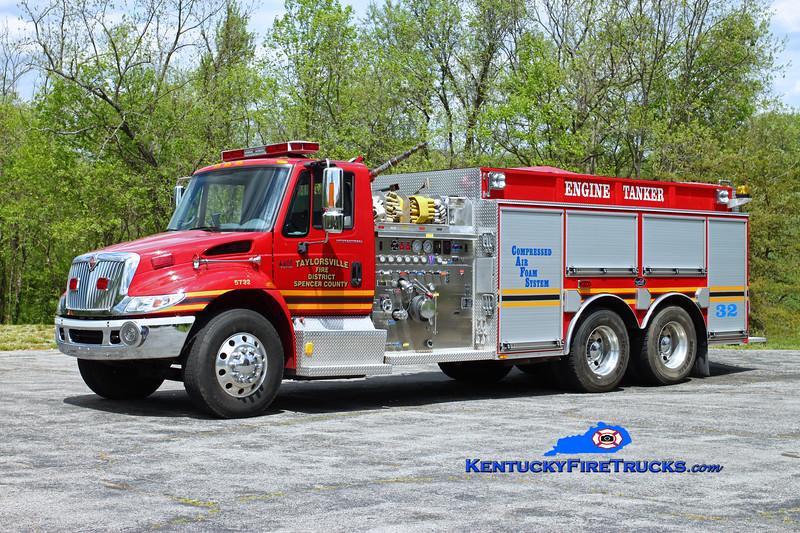 Taylorsville-Spencer County Engine/Tanker 5732<br /> x-Earlington, KY<br /> 2004 International 4400/Bluegrass 1000/3000/CAFS<br /> Kent Parrish photo