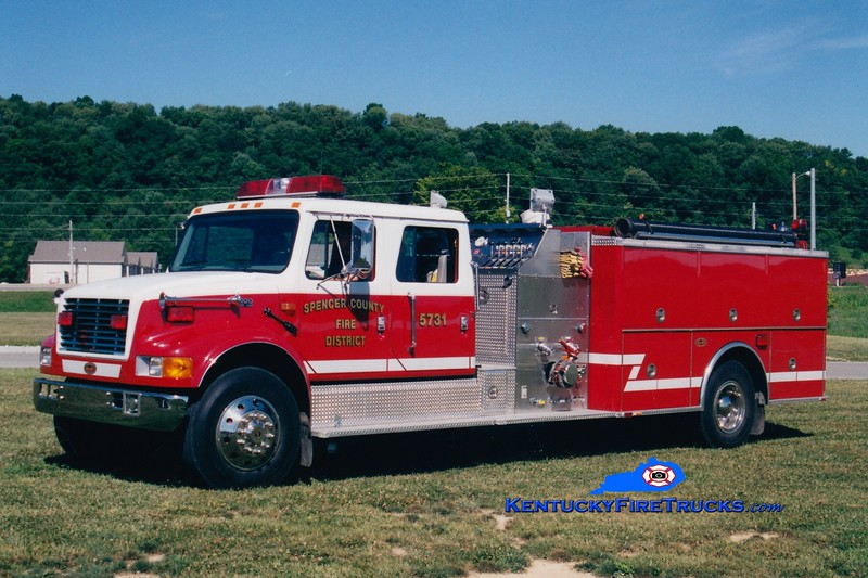 <center> Taylorsville-Spencer County Engine 5731  <br> 2000 International 4900/KME 1250/1000 <br> Greg Stapleton photo </center>