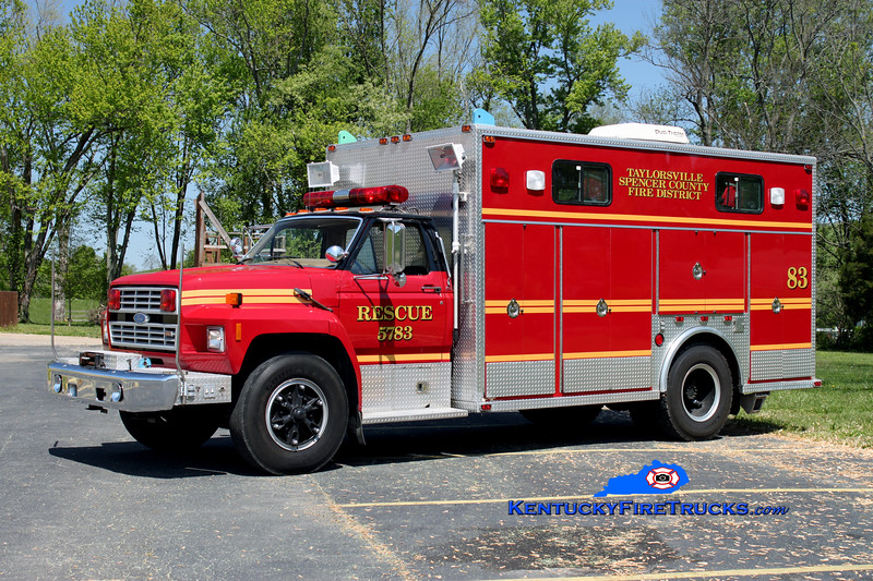 <center> RETIRED <br> Taylorsville-Spencer County Rescue 5783  <br> x-Middletown, KY  <br> 1985 Ford F-800/EVF <br> Kent Parrish photo </center>