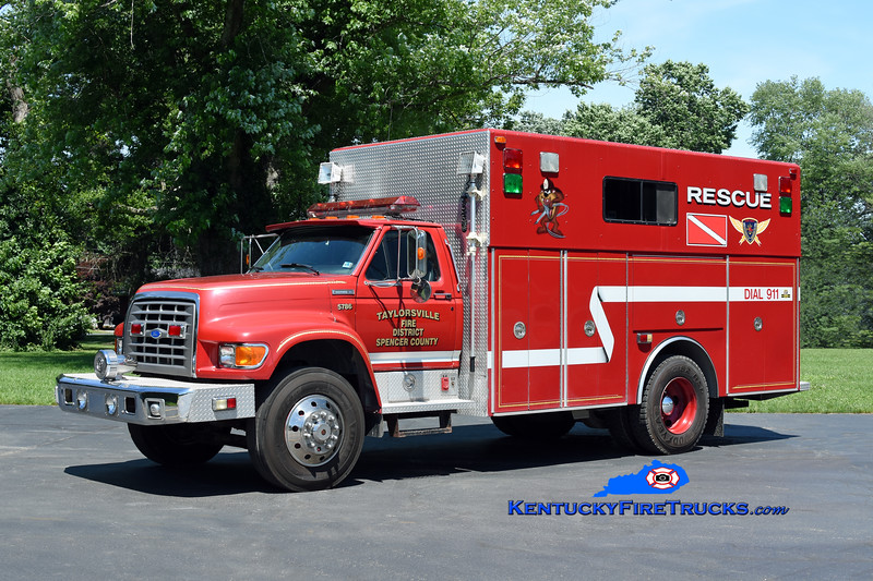 Taylorsville-Spencer County Rescue 5786<br /> x-Milan Area, MI<br /> 1996 Ford F-800/4 Guys<br /> Kent Parrish photo