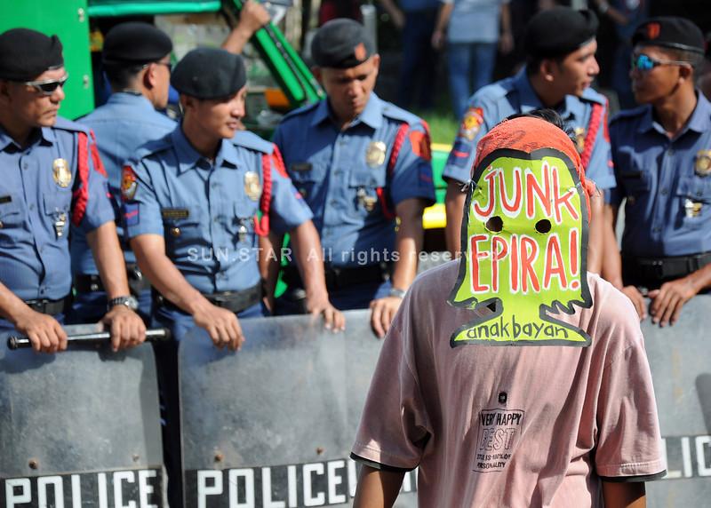 Rally during Mindanao Power Summit