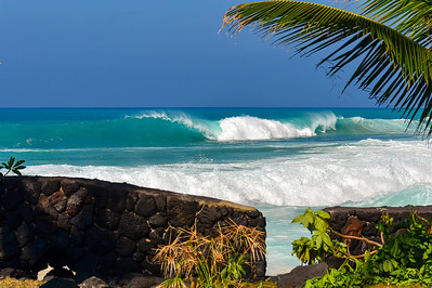 WNW swell of January 22, 2015. Hollow rights at Magic Sands. Kailua-Kona, Hawaii.