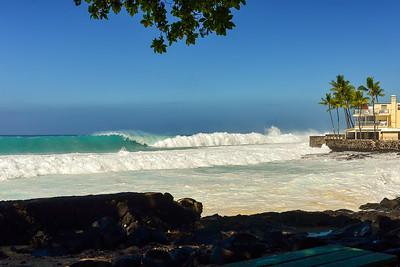 WNW swell of January 22, 2015. Big set at Magic Sands. Kailua-Kona, Hawaii.