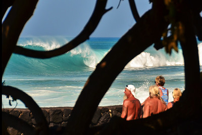 WNW swell of January 22, 2015. Local crew watching big waves at Magic Sands. Kailua-Kona, Hawaii.