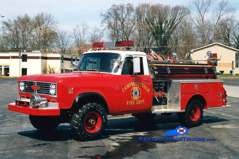 <center> RETIRED <br> Campbellsville  Engine 55 <br> 1973 International 1310 4x4/Pierce 450/300 <br> Greg Stapleton photo </center>