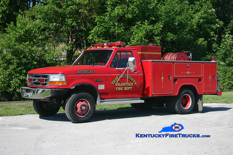 <center> Taylor County Attack 1  <br> 1996 Ford F-350 4x4/Tebco/Pro-Trac 250/250 <br> Kent Parrish photo </center>
