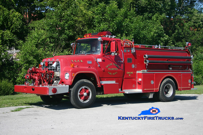 <center> RETIRED <br> Taylor County Engine 61  <br> 1972 Ford L-800/Oren 750/800 <br> Kent Parrish photo </center>