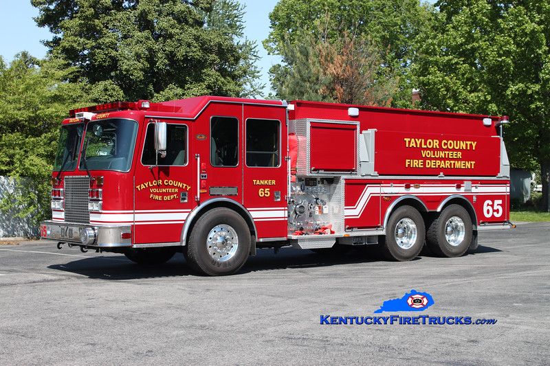 <center> Taylor County Tanker 65  <br> 2011 KME Predator Eliminator 1250/2500 <br> Kent Parrish photo </center>