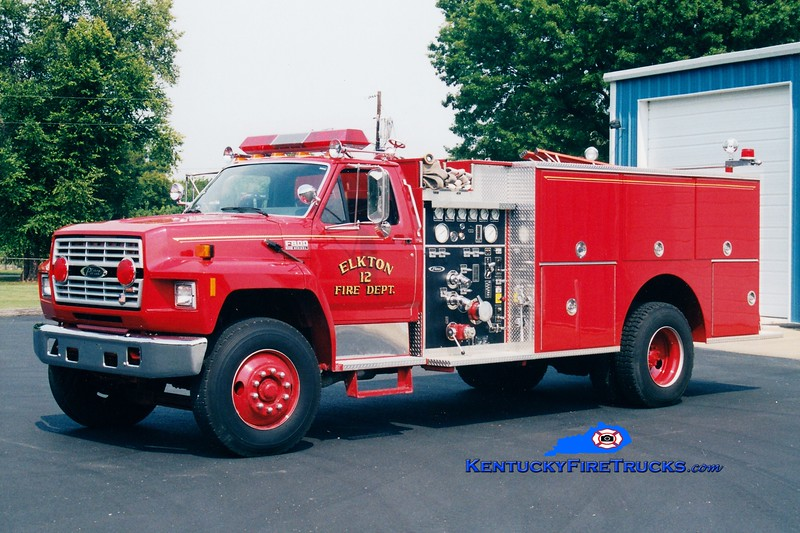 <center> Elkton  Engine 12  <br> 1990 Ford F-800/Pierce 1000/1000  <br> Greg Stapleton photo </center>