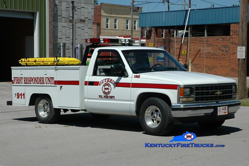 <center> Guthrie  Unit 1500  <br> 1998 Chevy 3500/Knapheide  <br> Greg Stapleton photo </center>