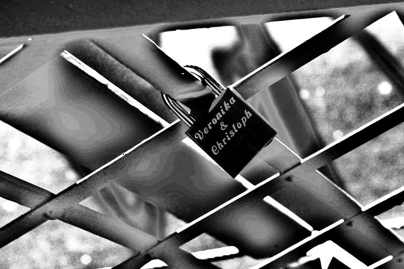 Love Locks on the Brooklyn Bridge