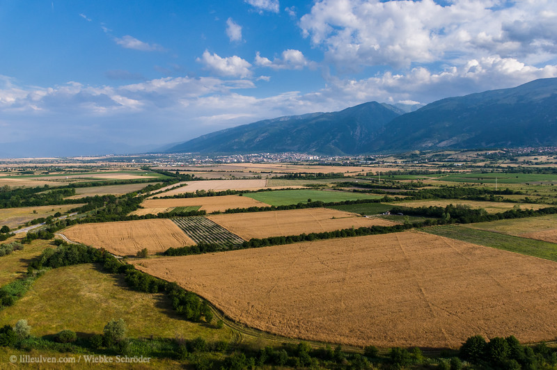 Traveling in a hot-air balloon over Kalofer and Karlovo