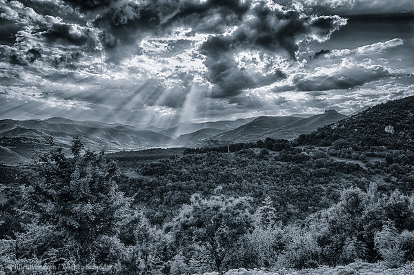 Crepuscular Rays in the Rhodope Mountains - returning from Devil's bridge